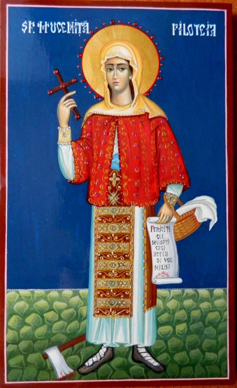 SFANTA MUCENITA FILOTEIA-  Icoana pe lemn, tehnica bizantina, foita de aur de 23,5K si aplicatii de pietre semipretioase.Dimensiuni  A3.
