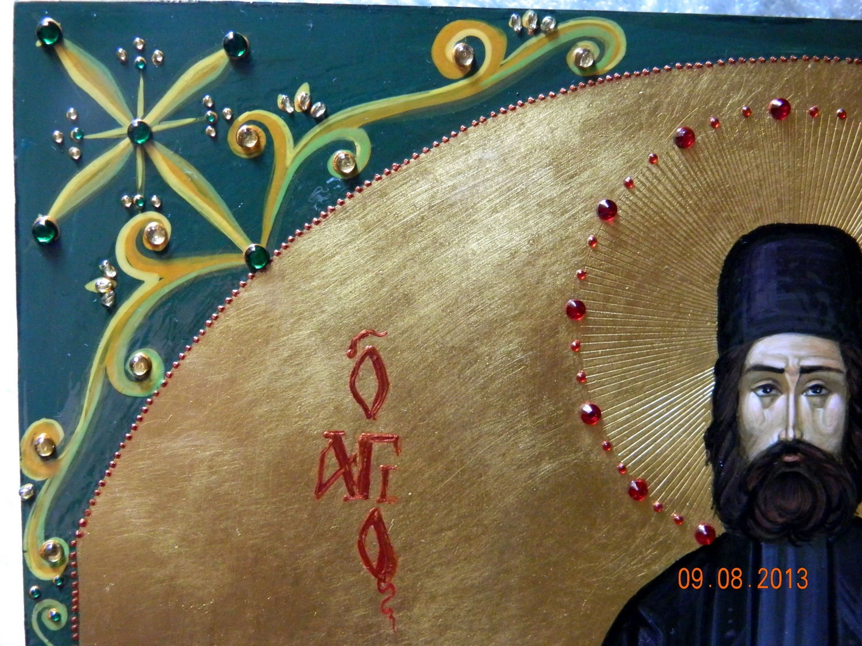SFANTUL MARE MUCENIC EFREM CEL NOU- DETALIU- Icoana pe lemn, realizata in tehnica bizantina, cu foita de aur de 22k, si aplicatii de pietre semipretioase.  Dimensiuni 30cm X42 cm (A3)