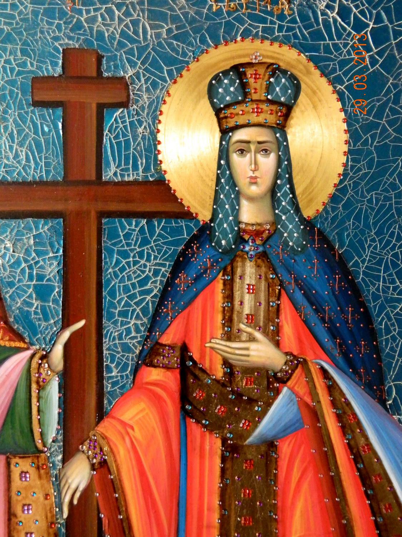 SFINTII IMPARATI CONSTANTIN SI ELENA-Detaliu Sfanta Elena-Icoana pe lemn, realizata in tehnica bizantina, cu foita de aur de 23,5K, cu fond mozaicat si aplicatii de pietre semipretioase.Dimensiuni 50cmX 40 cm