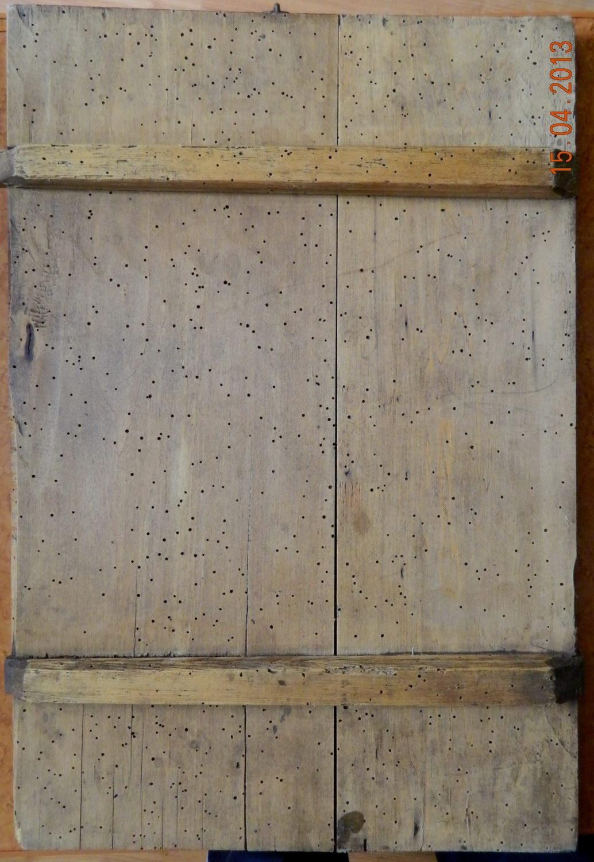 Imagine suport lemnos-dupa tratamentul impotriva atacului  xilofag.